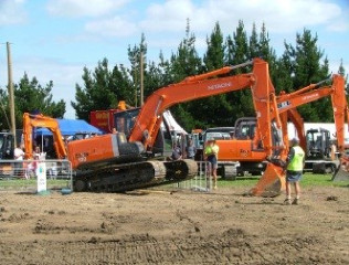CCNZ Nelson Marlborough CablePrice Excavator Operator Competition