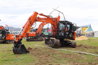 CCNZ Otago CablePrice Excavator Operator Competition
